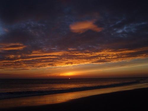 Dramatic Sunrise by rmriph