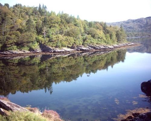 Loch reflections by dleonskie