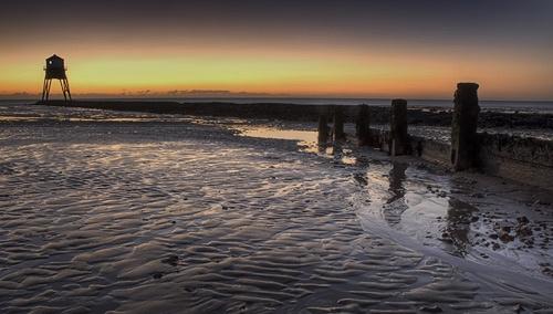 Dovercourt sunrise by ksroyall
