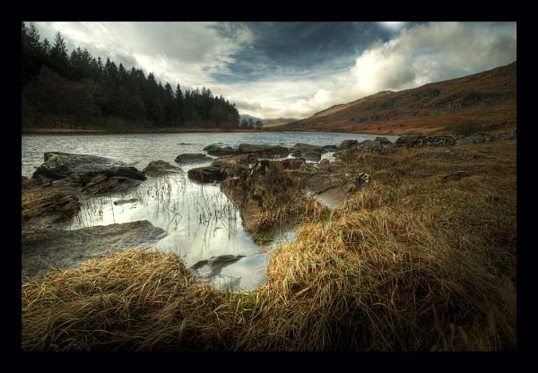 Llyn Mymbyr (HDR) by gndphotography