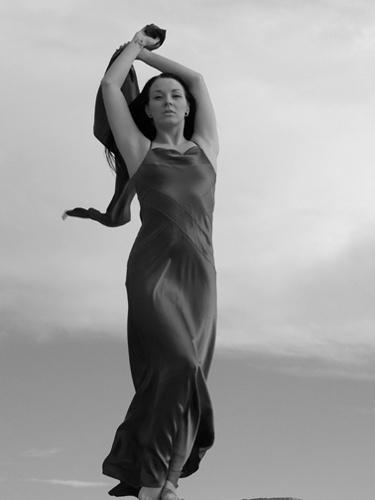 Naomi by leginkrad