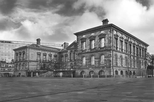 Custom house by LawrenceP
