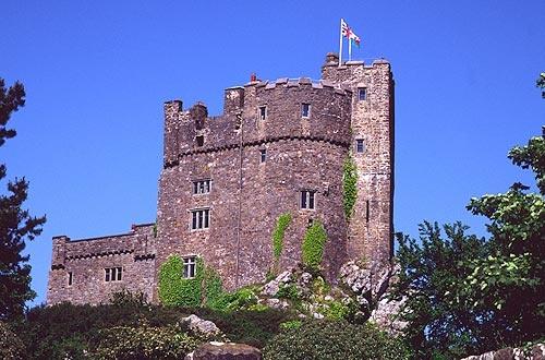 Roch Castle Pembrokeshire by ckristoff