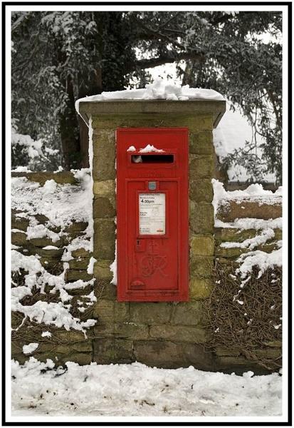 Postbox 2 by Kwosimodo