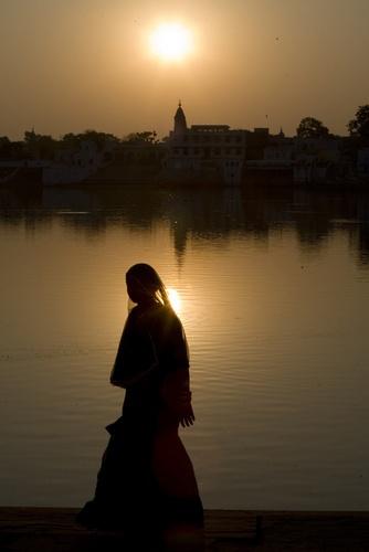 siunset in Pushkar by DirkV