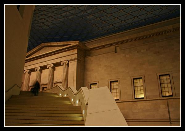 Museum Steps by iansamuel