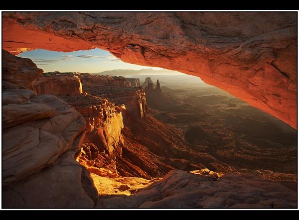 Mesa Arch Sunrise by TonyA