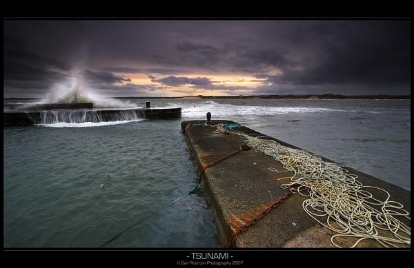 Tsunami by culturedcanvas