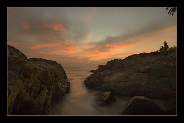 Kovalam Rocks by RobDougall