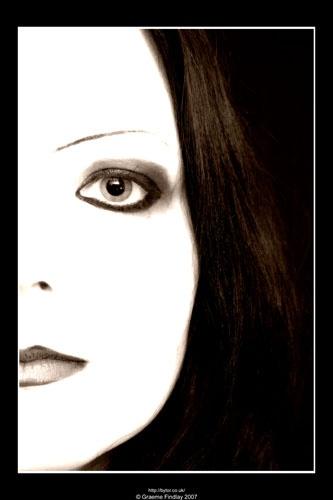 Sara\'s Eye by bytorphoto