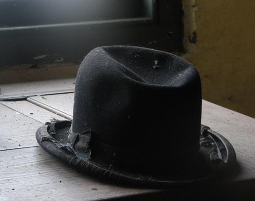 Gardeners Hat by russsherwood