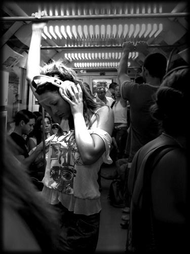 silencio by VaritaMagica