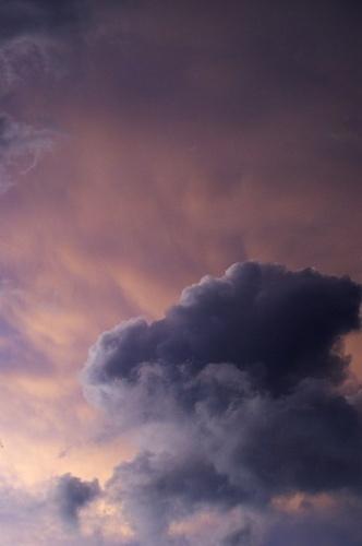 Cloudy day by museebfoto