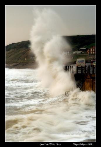 Sandsend Wave Crash by waymol