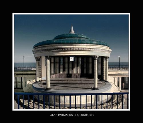 Eastborne bandstand by alzeepark