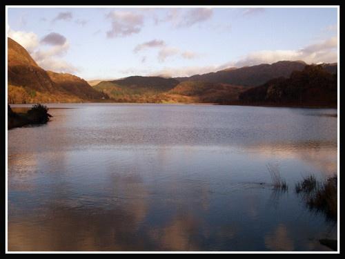 Llyn Dinas by pewa