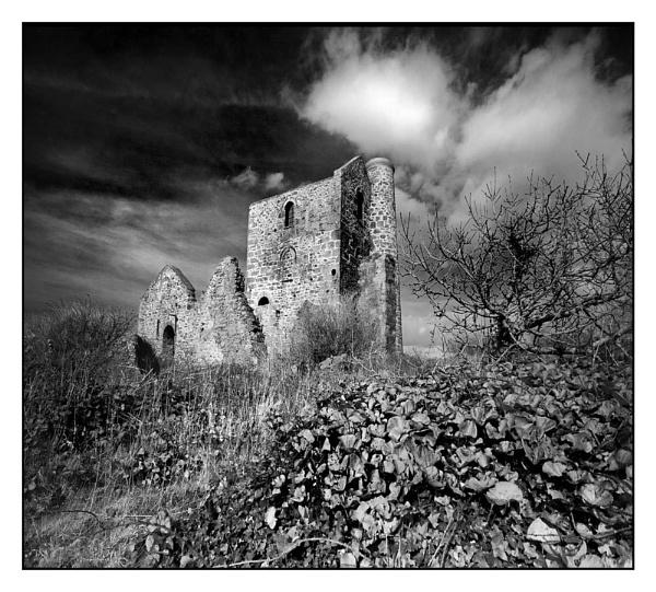 Tin Mine by RobDougall