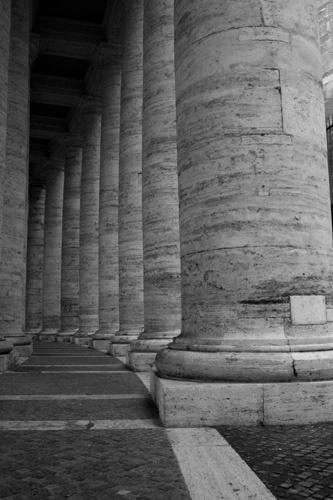Roman Column by tommermmv
