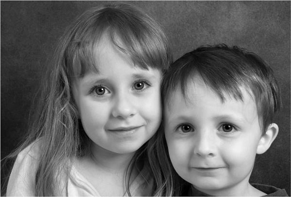 Siblings by Paul_Barr