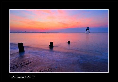 Dovercourt Lower Light by AntonyB