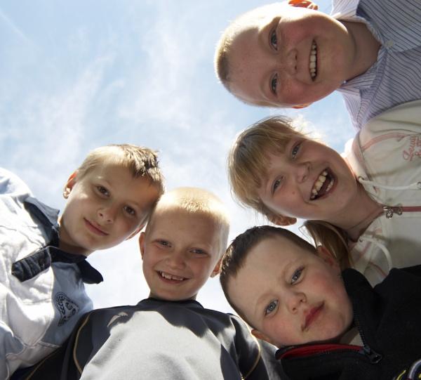 The Kids by dannyg