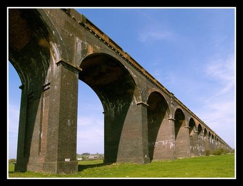 Viaduct by veggiesosage