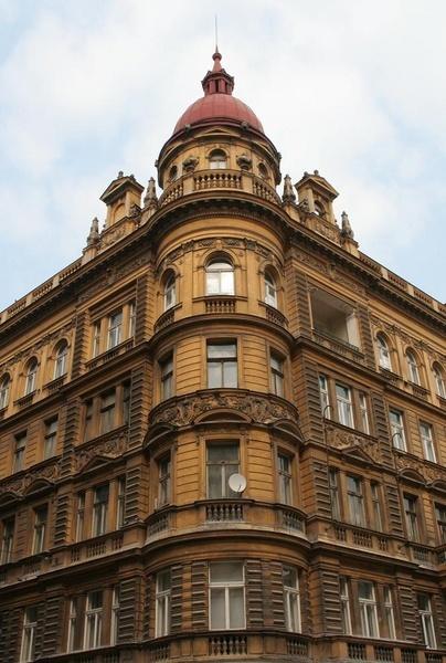 czech apartment by RobbieC