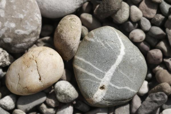 Pebbles by dannyg