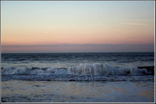 Waves by PhilMarron