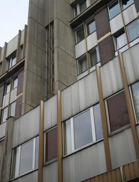 czech building by RobbieC