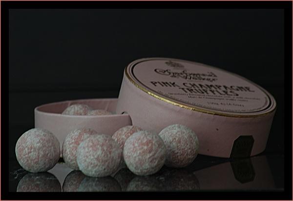 Champagne Truffles by ginz04