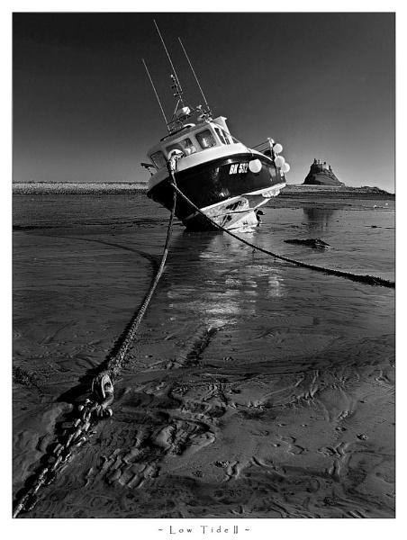 Low Tide II by MarkT