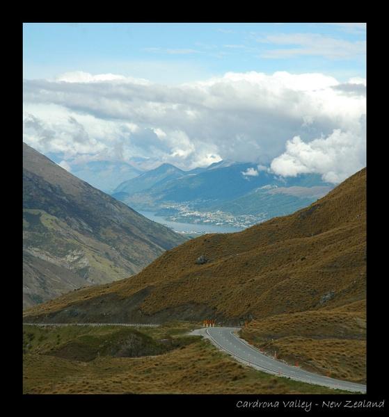 Cardrona Valley by GeePanesar
