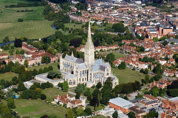 Salisbury Cathedral at 500 Feet by chrishalton