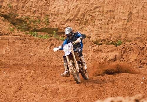 Moto-X by Dazd