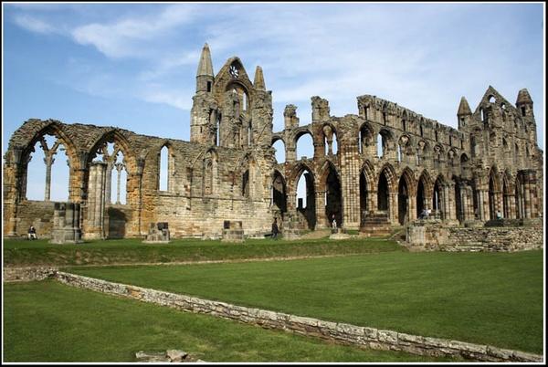 Whitby Abbey by PhilMarron