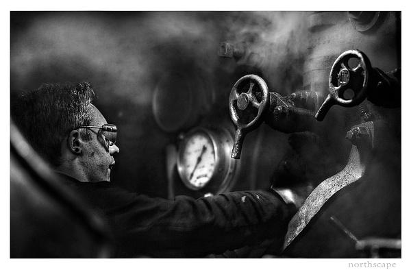 Black Smoke by keithh
