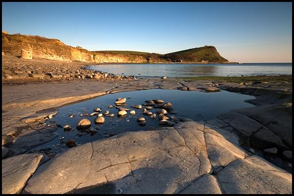 Kimmeridge Bay - Rock Pool by How1e