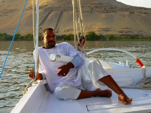 A Felucca Yachtsman by RosaB