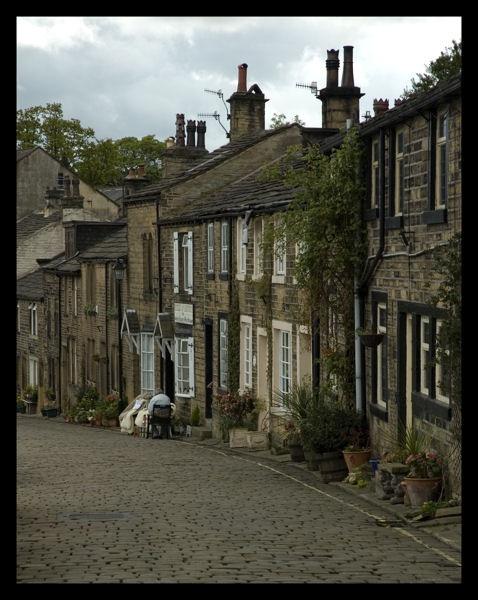 Main St Haworth by mickp