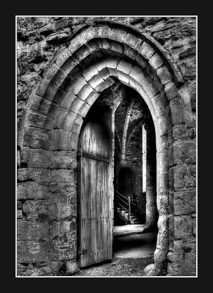 Abbey Arch by Sezz