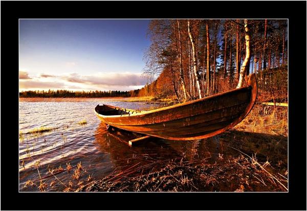 LIGHT ON BOAT by Jou©o