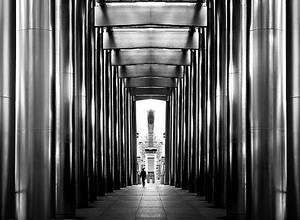 The Grand Walkway by Topcat