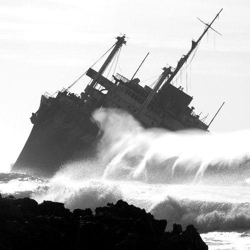 Shipwreck by allencook