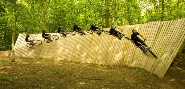wall ride morph by gingerninja