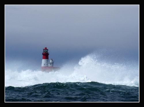 Stormy Seas by Linzie