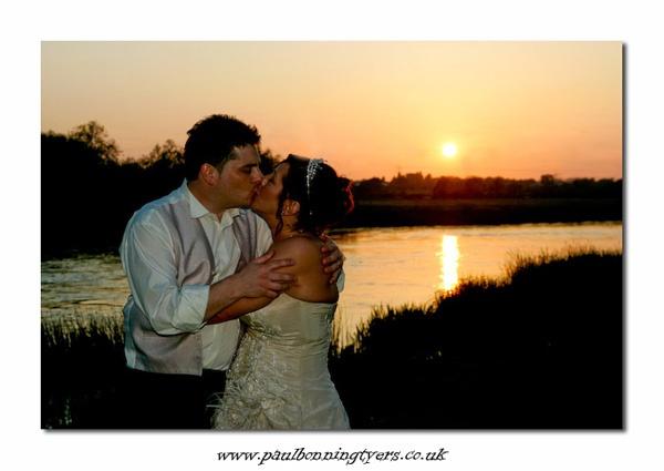 Sunset Kiss by paulBT
