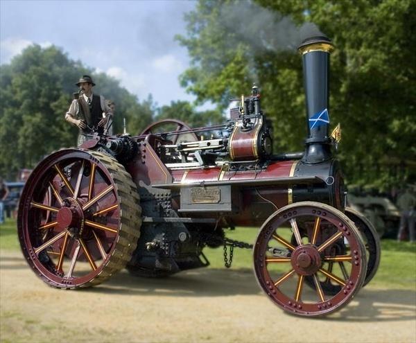 Garland Traction Engine by StuartAt
