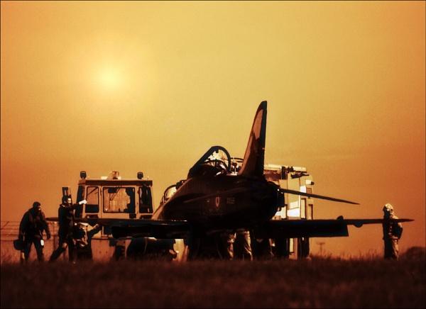 Top Gun by kevski