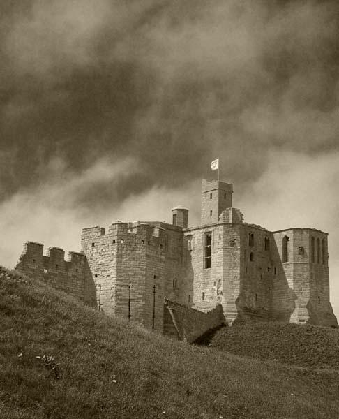 Warkworth Castle by graeme34